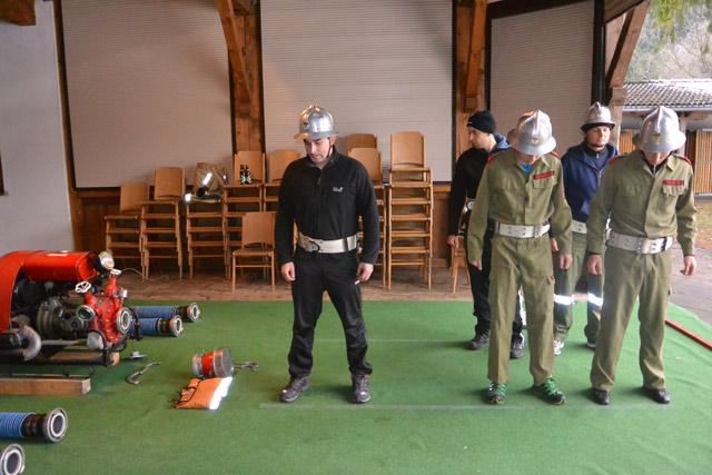 Unsere Gruppe beim Training für den Kuppelbewerb