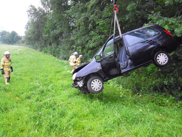 Bergung des Unfallfahrzeuges