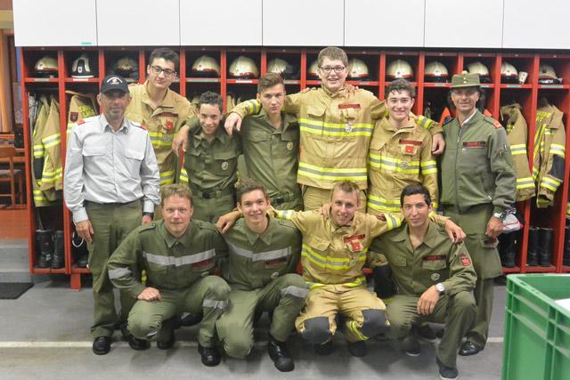 DIe Ausbildungsgruppe Lavant nach Erhalt des LFA-Silber